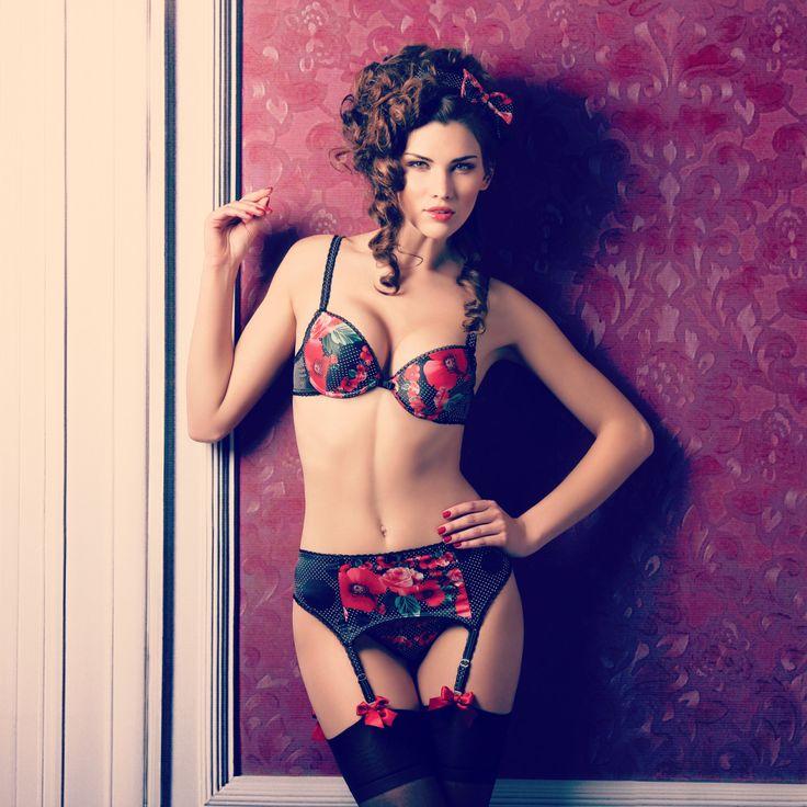 f00185604c98cb5b2208b76707f6b22e-sexy-lingerie-stockings